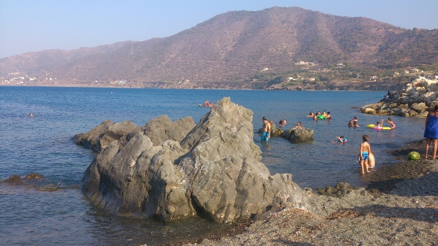 Kato Pyrgos Beach (3) (640x360)